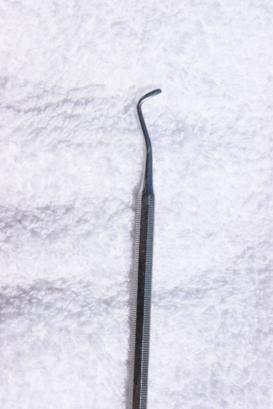 Toenail scraping tool